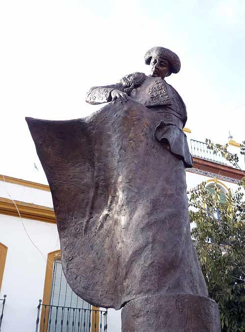 Monumento levantado en La Alameda de Sevilla en 2009.