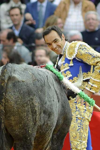 A pesar de todo, El Cid no pierde el buen humor.