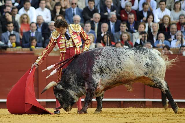 Se gustó el torero y la gente entró en su faena.