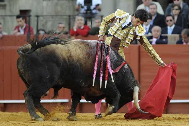 Miguel Ángel Delgado estaba muy metido en la faena.