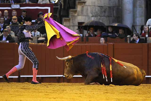 Así no 'levantamos' la Fiesta en Sevilla.