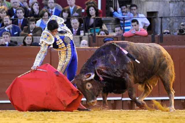 Perera también lo intentó con el sexto.