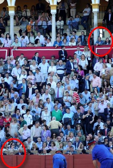 En el círculo inferior, Carmen Tovar en el burladero de la Junta de Andalucía, al que solía asistir su marido. En el superior, la nueva ubicación -tambien destinada a cargos de la Junta- del marido de la delegada Carmen Tovar. (FOTO: Sevilla Taurina)