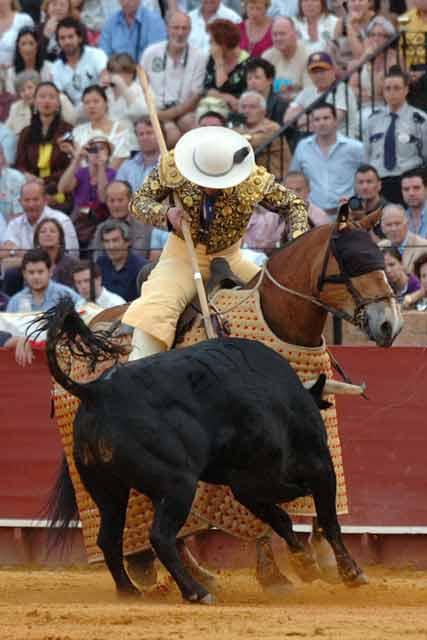 Con esta alegría entró el quinto al caballo.