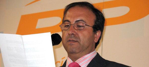 José Rojas, portavoz del PP de Utrera, promotor de la propuesta.