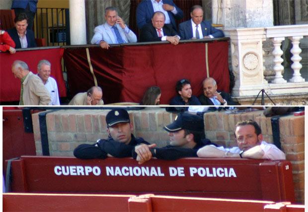 En la parte superior, en el centro, el presidente Julián Salguero. En la imagen inferior, su primo, Romualdo Villadiego, en un burladero de la Policía. Ambos son de Castilleja y muy amigos de la delegada Carmen Tovar. (FOTO: Javier Martínez)