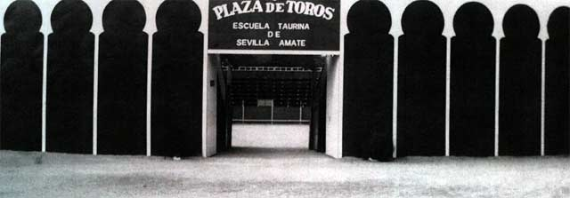 La plaza de toros sede de la Escuela Sevilla-Amate.