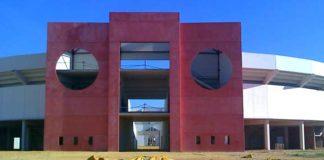 Puerta grande de la nueva plaza de Utrera. (FOTO: Sevilla Taurina)