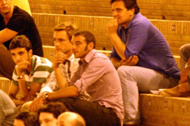Los diestros Miguel Ángel Delgado y Juan Bautista, el banderillero Curro Robles y el empresario Marcos Sánchez Mejías. (FOTO: Javier Martínez)