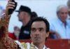 El Cid, con la segunda oreja ganada esta tarde en Colmenar Viejo. (FOTO: Iván de Andrés / burladero.com)