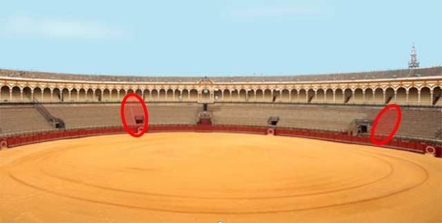 Marcados en una elipse roja las dos únicas escaleras para todos los tendidos de sol (casi la mitad de la plaza)
