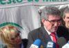 La delegada Carmen Tovar, a la espalda del consejero de Gobernación, Luis Pizarro. (FOTO: Sevilla Actualidad)