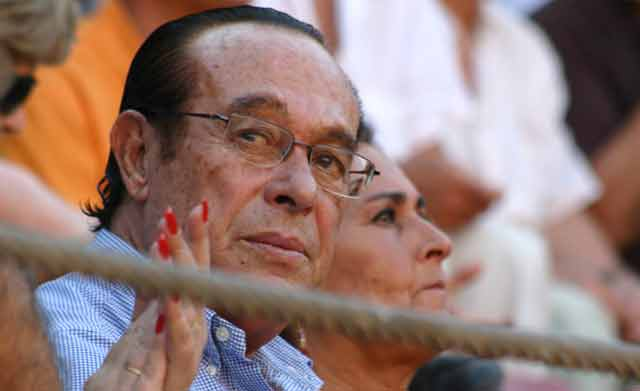 Curro Romero cumple hoy, 1 de diciembre, 77 años. (FOTO: Javier Martínez)