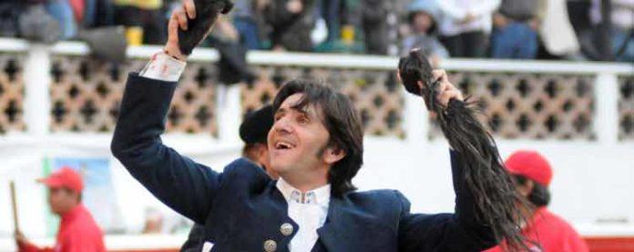 Diego Ventura, con las dos orejas y el rabo en Querétaro.