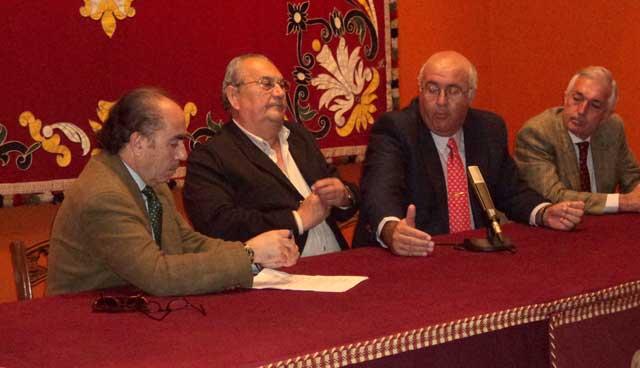 Manuel Viera, José Antonio Díaz 'Nono', Manuel Rodríguez 'Manolón' y Miguel Serrano. (FOTO: Javier Martínez)