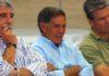 Manuel Brenes, máximo responsable de la política taurina de la Junta, siempre rodeado de toreros. (FOTO: Javier Martínez)
