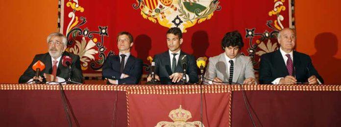 Eduardo Canorea, El Juli, Manzanares, Morante y Ramón valencia, durante la presentación. (FOTO: Arjona/Toromedia)