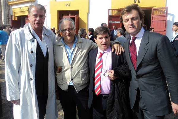 Los Chopera y El Tato, la nueva empresa que rige el coso de Córdoba, también de primera categoría. (FOTO: Javier Martínez)