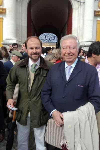 Los ganaderos José Luis García Palacios y su hijo Guillermo. (FOTO: Javier Martínez)