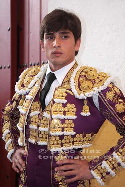 Alberto Aguilar.