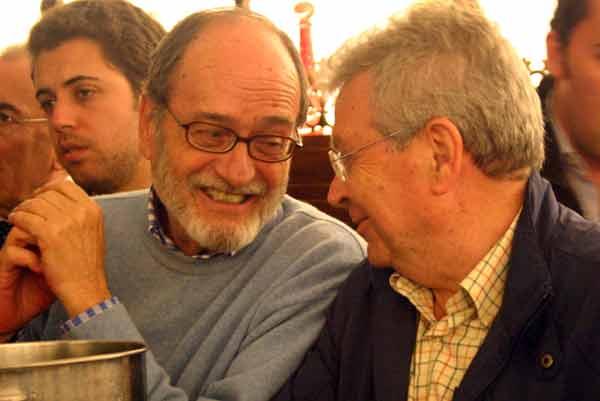 Dos excelentes aficionados en esta tertulia: Jaime de Pablo Romero y Juan Antonio Martínez Troncoso. (FOTO: Javier Martínez)