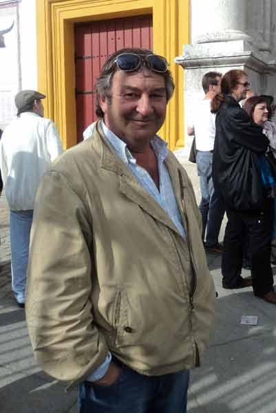 Un excelente aficionado francés, el popular 'El Pato'. (FOTO: Javier Martínez)