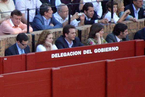 Unos que no pagan: gente importante de la Junta... (FOTO: Javier Martínez)