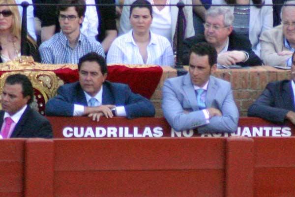 Tomás Campuzano y Luis Mariscal, apoderados de Cortés. (FOTO: Javier Martínez)
