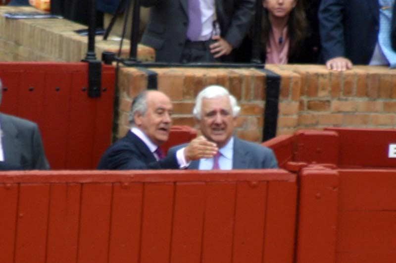 El empresario Ramón Valencia con Santiago Herrero, presidente de los empresarios andaluces. (FOTO: Javier Martínez)