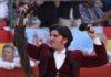 Diego Ventura, con los máximos trofeos hoy en Almendralejo. (FOTO: Gallardo / badajoztaurina.com)