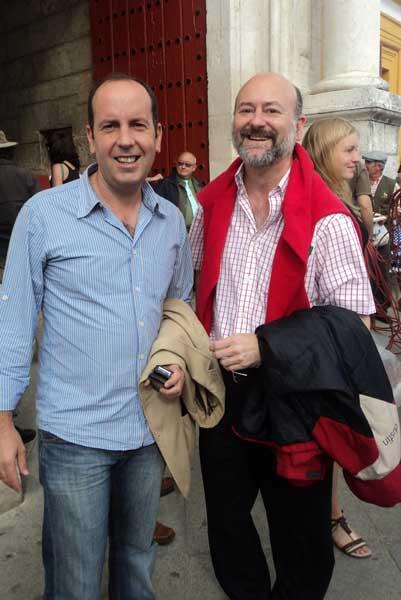 Los periodistas Álvaro Acevedo y Luis Nieto. (FOTO: Javier Martínez)