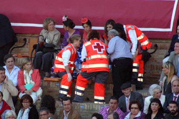 Conforme pasan más días feriales se hace más necesaria la asistencia de la Cruz Roja. (FOTO: Javier Martínez)
