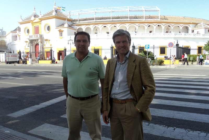 Juan Antonio Ruiz 'Espartaco' junto a su hermano Víctor Ruiz. (FOTO: Javier Martínez)