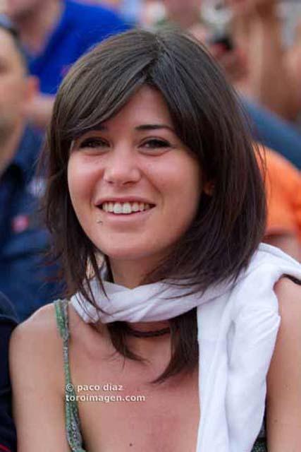 ¡Ole las mujeres guapas! (FOTO:Paco Díaz/Toroimagen.com)