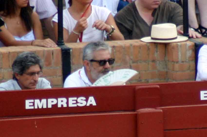 El abanico del señor empresario, Eduardo Canorea. (FOTO: Javier Martínez)