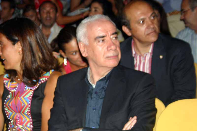 El consejero de Turismo, Luciano Alonso, y el presidente del Sevilla, José María del Nido.