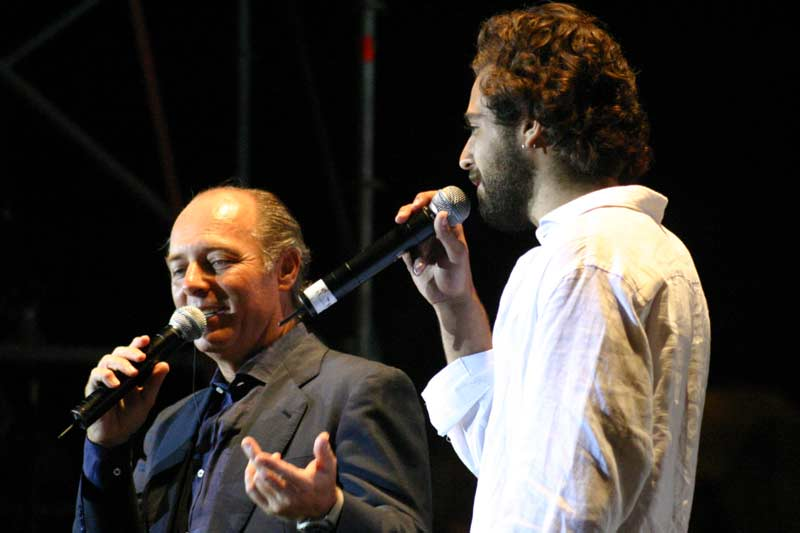 Uno de sus hijos, Marcos Soto, también vive con la música.