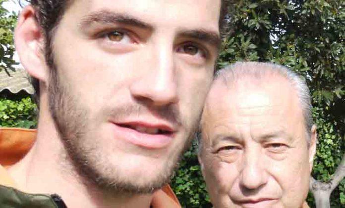 Pepe Moral junto a su apoderado, Manolo Cortés. (FOTO: Ambitotoros)