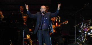 Con un potente 'Gracias, Sevilla' abrió José Manuel Soto el concierto. (FOTO: Javier Martínez)