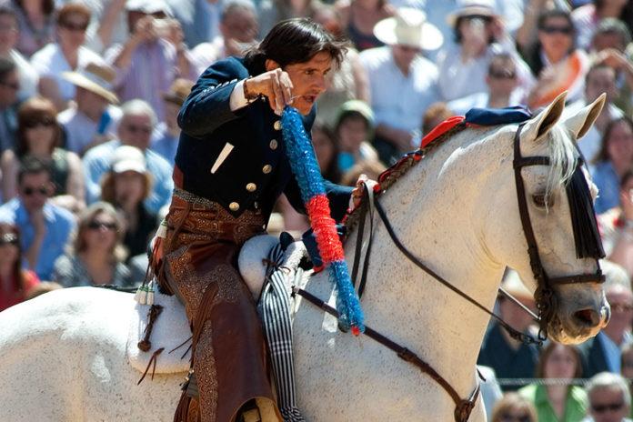 Diego Ventura, a lomos de 'Distinto'. (FOTO: Matito)