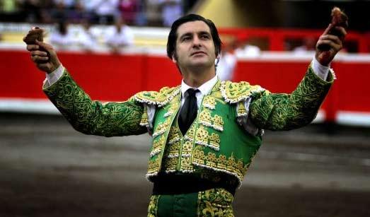 Morante, en su tarde triunfal en Bilbao. (FOTO: Maurice Berho/mundotoro.com)