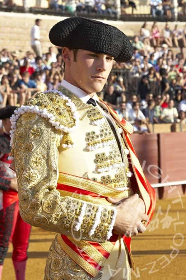 Fernando Adrián.