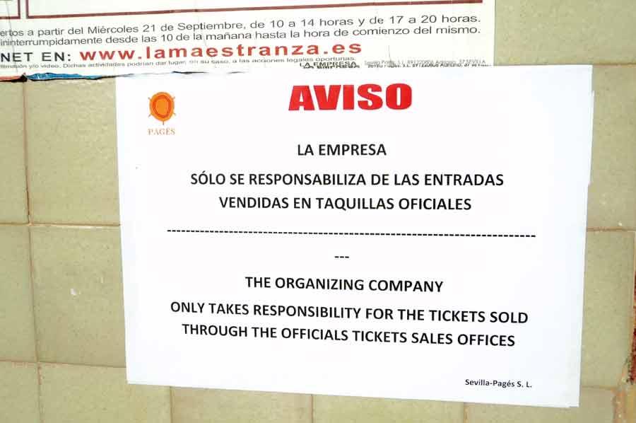 Ante la masiva reventa ilegal por la falta de control policial, la empresa avisa. (FOTO: Javier Martínez)