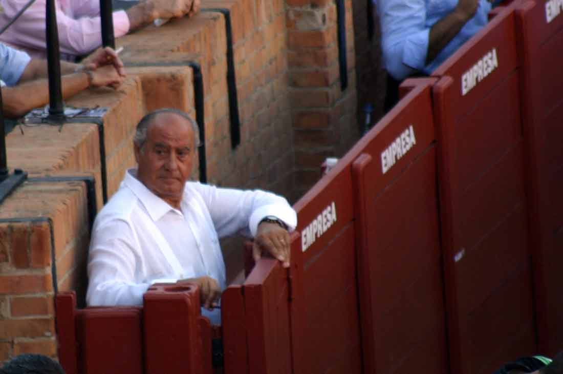 Ramón Valencia, en su sitio.