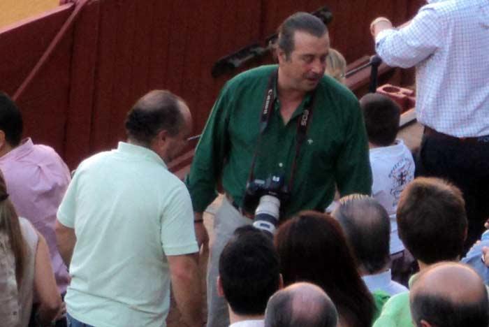 El periodista Juan Belmonte y el fotógrafo Agustín Arjona.