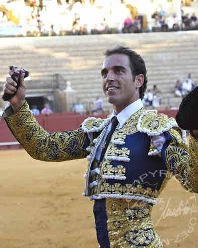 Salvador Cortés.
