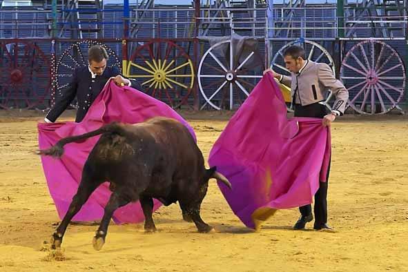 Juan Bautista y Curro Robles, al alimón.