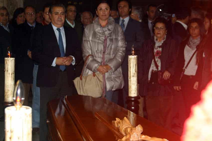 El alcalde Juan Ignacio Zoido, de los primeros en llegar.