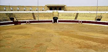 La plaza de toros sevillana de Osuna.
