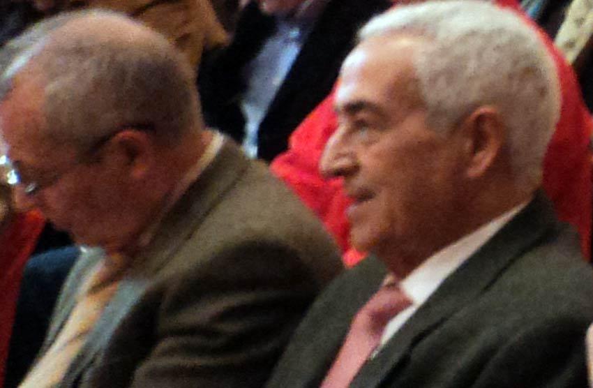 El cirujano taurino Ramón Vila, atento en la primera fila. (FOTO: Javier Martínez)